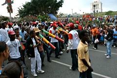 DSC02644 (Ploncito) Tags: santiago dominican republic disfraz dominicana carnaval nio repblica lechon caballeros santiagodeloscaballeros robalagallina vejiga