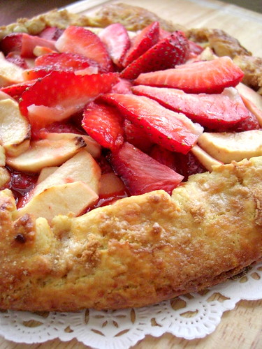 Galette with strawberries and apples