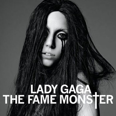 10344-lady_gaga_pour_son_album_the_fame_monster