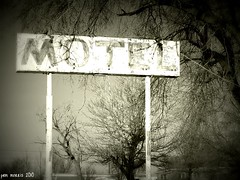 Ghostly Lodgings (pam's pics-) Tags: sign hotel lomo colorado january motel co vignette i70 smalltown 2010 motorinn motorlodge easterncolorado pammorris nikond40 limoncolorado denverpam