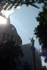2009-08-09ac St Pauls ([Ananabanana]) Tags: sunlight london church saint silhouette st nikon cathedral stpauls stpaul pauls landmark silhouete christian fisheye dome stpaulscathedral saintpaul silhoette silhoutte opteka d40 nikkorafsdx1855mm 035x opteka035xfisheye