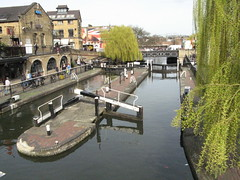 Hampstead Road Lock, Camden Town (Normann) Tags: london canal lock camden regentscanal grandunioncanal hampsteadroadlock