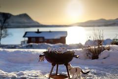 Åretes første grilling (Tor Even Mathisen) Tags: berg grill ferie påske vår steder høytideligheter