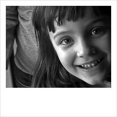 gloria (kilometro 00) Tags: street italy photography casa strada italia bn persone occhi sguardo e donne urbano poesia sorriso racconto ritratti bianco ritratto nero viso treviso citt urlo occhiali uomini luoghi emozioni veneto volto suono sorrisi sguardi visione espressione baffi urbani emozione