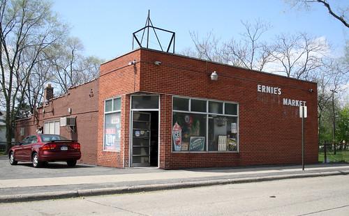 Ernie's Market- Oak Park, MI