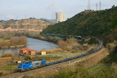 Comsa 335.001 Flix (eldelinux) Tags: train tren diesel railway via freight va teco flix 335 adif ffcc papelero mercancas mercaderies vossloh comsa 335001 paparer