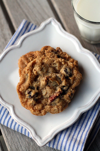 Chocolate Chip Oatmeal Cookies with Pecans and Dried Cherries (aka My ...