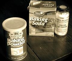 food kitchen cake sepia advertising bread baking pain chemistry pan rise yeast brot chemical cookery bakingpowder brød bakingsoda creamoftartar leaven melystu leavener