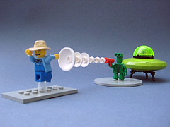 Little Green Man (nolnet) Tags: lego alien minifig raygun littlegreenmen