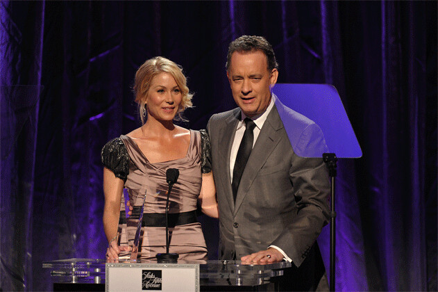 Christina Applegate accepts an award from Tom Hanks at EIF's An Unforgettable Evening by iParticipate