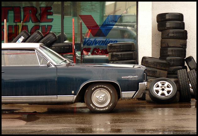 P1090702_tires_630