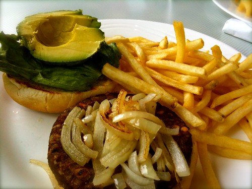 vegan burger at georgie's diner