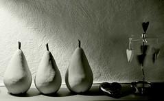 Trois Morceaux en Forme de Poir