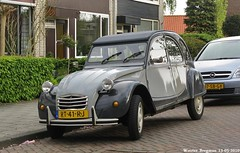 Citron 2CV Charleston 1987 (XBXG) Tags: auto old france classic netherlands car vintage french automobile 1987 nederland citron voiture charleston 2cv paysbas eend geit ancienne citron2cv franaise deuche