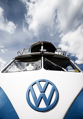bavarian bulli (wecand) Tags: blue camping sky white bus hippies vw clouds volkswagen logo wiesbaden him