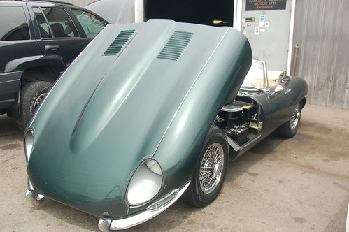 Tһе Jaguar E-Type (UK) οr XK-E (US) іѕ a British automobile manufactured bу