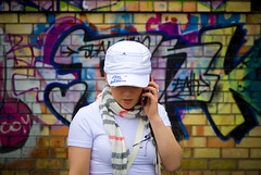 dace (grodt1987) Tags: blue light red orange woman color brick green girl yellow mobile handy photography graffiti photo nikon foto phone heart colorfull bricks cyan magenta brickwall d200 talking beatiful meitene colot nikond200 grafi sirds telefons sieviete krsas ieei ieelis grafit ieeusiena