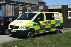 East Midlands Ambulance Service FX06HYF (Howard_Pulling) Tags: uk mercedes ambulance lincolnshire nhs mercedesbenz ambulances skegness mercedesvito eastmidlandsambulanceservice communityresponseunit fx06hyf skegnessambulancestation