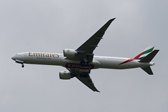 A6-ECY - 35595 - Emirates - Boeing 777-31HER - Prodrive Live Kenilworth Circuit - 100515 - Steven Gray - IMG_1325