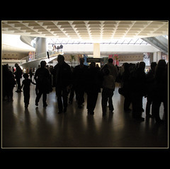 Emotion !! (Martha MGR) Tags: people paris urbano museo arquitecture museedulouvre mmgr marthamgr marthamariagrabnerraymundo marthamgraymundo