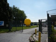 Wattenscheid, Frhliche Morgensonne am Boden (altopelaner) Tags: bochum ballons ausstellung zeche wattenscheid morgensonne schacht bergbau zechen frhliche ruhr2010 schachtzeichen