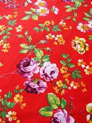 ♠ petals: red ♠ (Wonderlineland❤) Tags: flores metro fabric material wonderland tecido algodão costura retalho