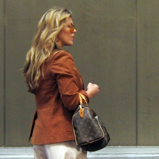 70's+Rust Blazer+Louis Vuitton Bag+Blond waves