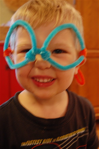 pipecleaner glasses