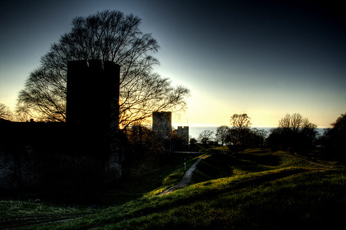 City wall at sunset. Visby. Muralla al atardecer