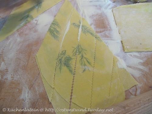 Herstellung Lasagne mit ganzen Kräutern 002
