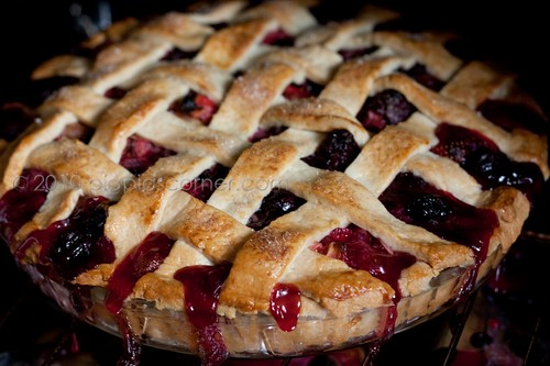 Bumbleberry pie 4