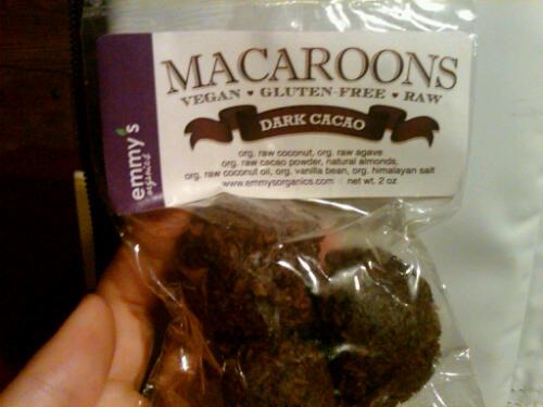 Macaroon dark cacao