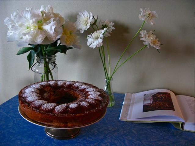 hazelnut cake 001