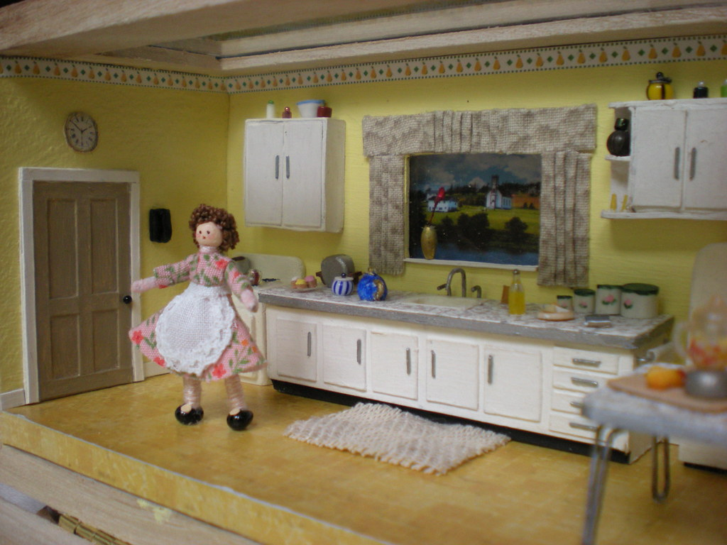 Quarter scale 1950s kitchen