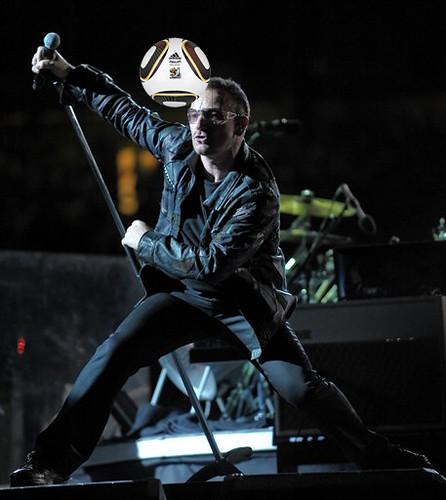 APTOPIX Music U2 360 Tour New Jersey