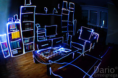 Living Room (Deaerreio) Tags: madrid blue light espaa home azul dark painting de lights luces living casa spain long exposure drawing room sony sala rey salon garcia alpha estar exposicion larga oscuridad dario habitacion dibujar erre dibujando aplha duelos mywinners a550 erreeigriega eigriega geaerreceia