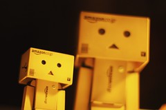 [Outtake #5] Die Danbos im Licht / The Danbos in the light (_vonStein) Tags: toys amazon outtake danbo iphotooriginal project365 spielzeuge revoltech flickrcolour projekt365 danboard