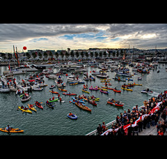 McCovery Cove, MLB World Series Game 1 (2010 SF Giants Vs TX Rangers AT&T Park) (Exploring Earth) Tags: sf sanfrancisco boats texas baseball tx crowd ceremony explore opening giants rangers hdr att openingday 2010 worldseries game1 mccovey mccoveycove attpark nikond90 2010worldseries sfvstx
