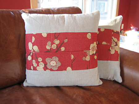 Lakehouse Pillows