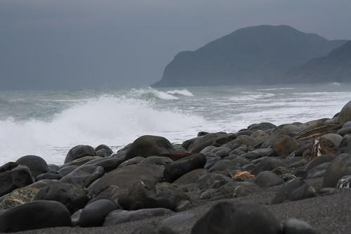 坐在海邊望著,時間也就這麼樣過了。