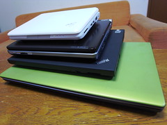 ThinkPad X200s vs EeePC vs Loox vs Dell