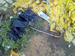 paraguas 026 (Sap__) Tags: sad umbrellas paraguas tristes