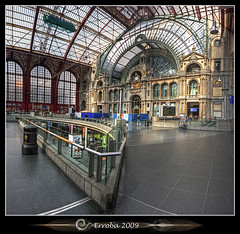 Antwerp Central station interior :: Vertorama (Erroba) Tags: glass stone photoshop canon rebel iron belgium belgique interior tripod belgi sigma trainstation tips remote antwerp centraalstation 1020mm erlend hdr antwerpen centralstation cs3 3xp photomatix tonemapped tonemapping xti 400d vertorama erroba robaye erlendrobaye