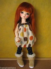 :) (transylvanillaice) Tags: outfit doll forsale clothes mari tiny bjd dollfie superdollfie yosd pipos po11