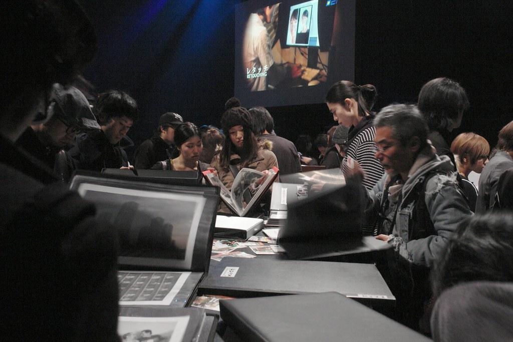 PHOTOGRAPHERS SUMMIT6 : portfolio show table