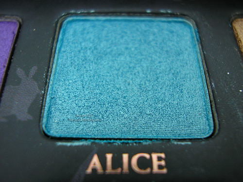 Urban Decay Alice In Wonderland Palette - Alice