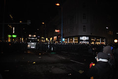 Demonstration gegen den WKR Ball 2010 (daniel-weber) Tags: vienna wien ball demo austria riot nazi protest demonstration olympia polizei audimax kundgebung hofburg wega antifa prgel wasserwerfer einsatz burschenschaft schlagstock pfefferspray wkr ausschreitungen eskalation polizeigewalt danielweber schlagstcke ausschreitung burschenschafter wienerkorporationsring martingraf wienerpolizei unibrennt unsereuni nowkr 2912010 christianbrodaplatz