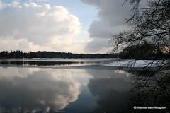 Winter in Eindhoven (Hannie van Heugten) Tags: sky clouds reflections nederland thenetherlands wolken eindhoven lucht brabant noordbrabant winterlandscape weerspiegeling winterlandschap tmba hannievanheugten karpendonkscheplas
