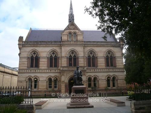 Adelaide uni