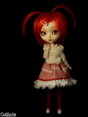 Colibrie | Pullip Kirsche (Zoo*) Tags: red white black rouge doll noir pullip custom blanc cutegirl custo kirsche cancanwig rewigged rechipped colibrie obitsu25cm customeyes jolielenie